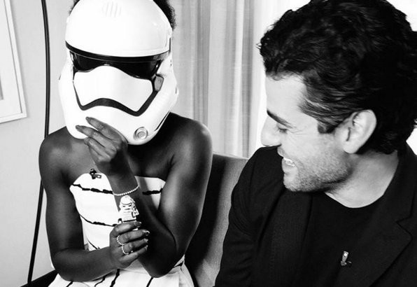 Star wars the force awakens Lupita Nyong'o, Oscar Isaac